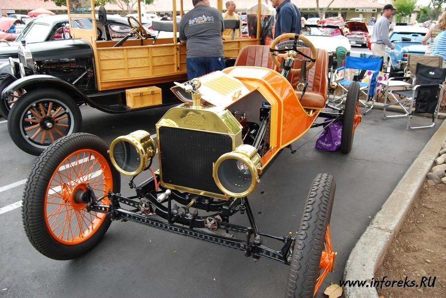 Выставка автомобилей в городе Кэмпбелл, США 31