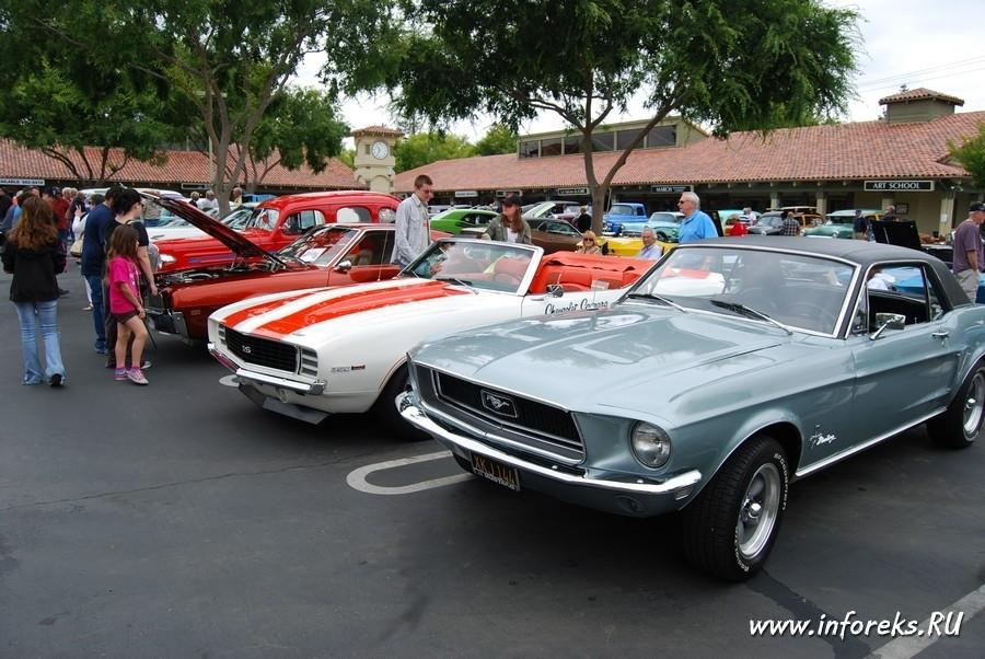Выставка автомобилей в городе Кэмпбелл, США 27
