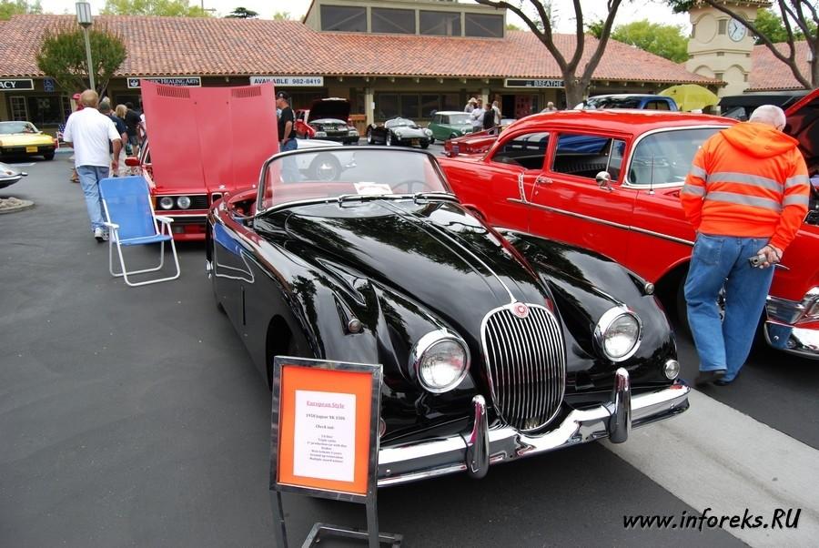 Выставка автомобилей в городе Кэмпбелл, США 21
