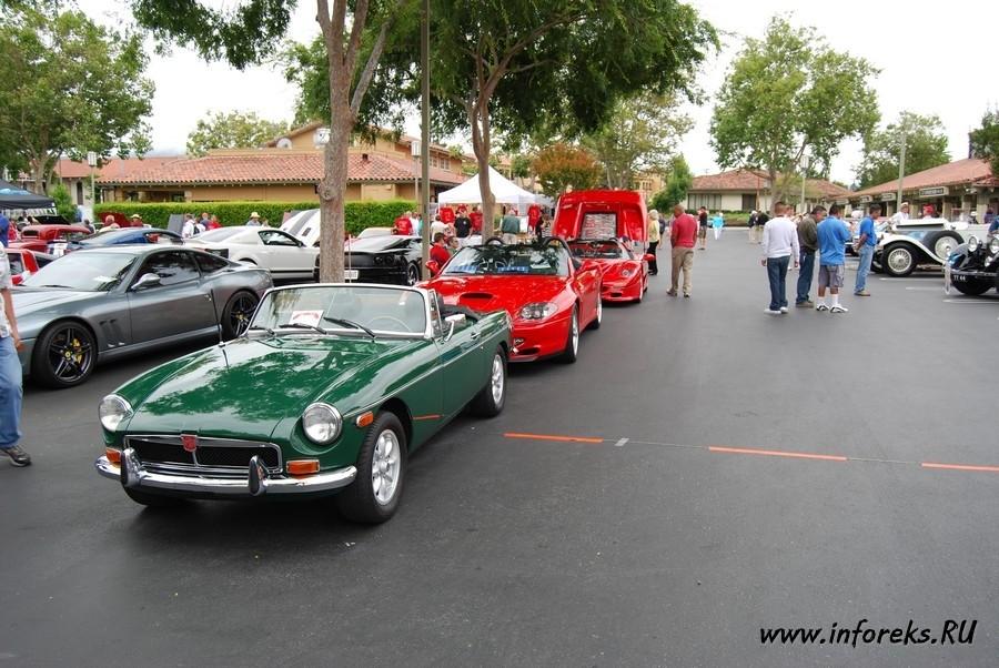 Выставка автомобилей в городе Кэмпбелл, США 13