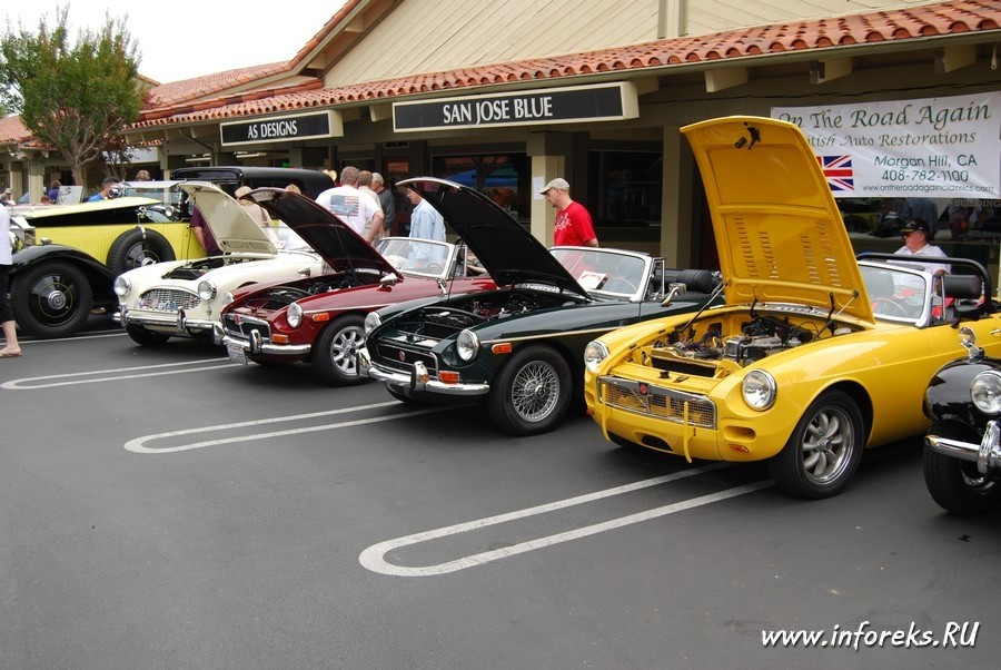 Выставка автомобилей в городе Кэмпбелл, США 11