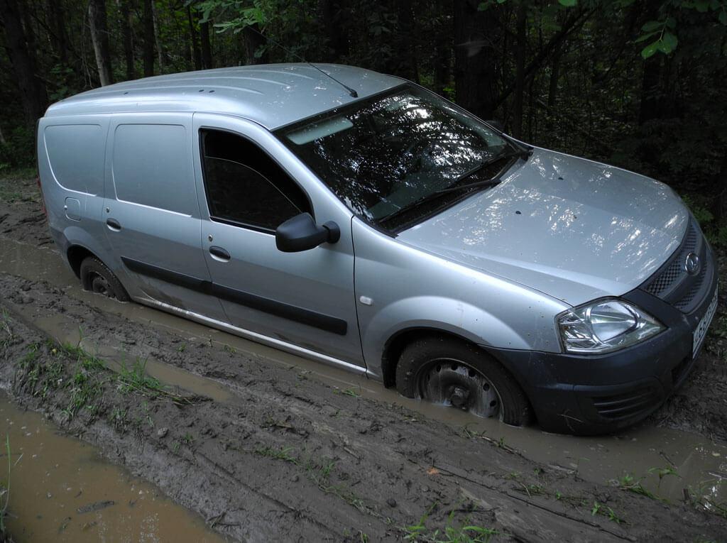Увяз в грязи )